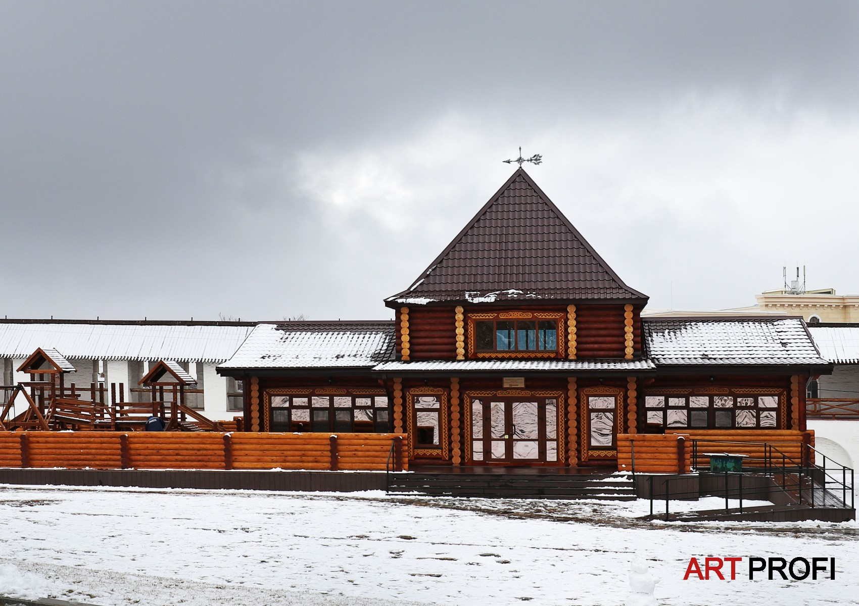 Строительство домов. Астраханский Кремль.