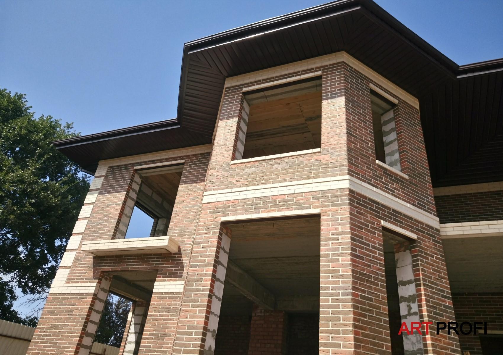 Строительство домов. Кирпичный дом.